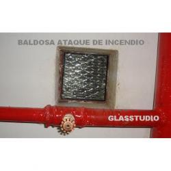 BALDOSAS DE VIDRIO TRANSITABLES, BALDOSAS PARA ATAQUE DE INCENDIO