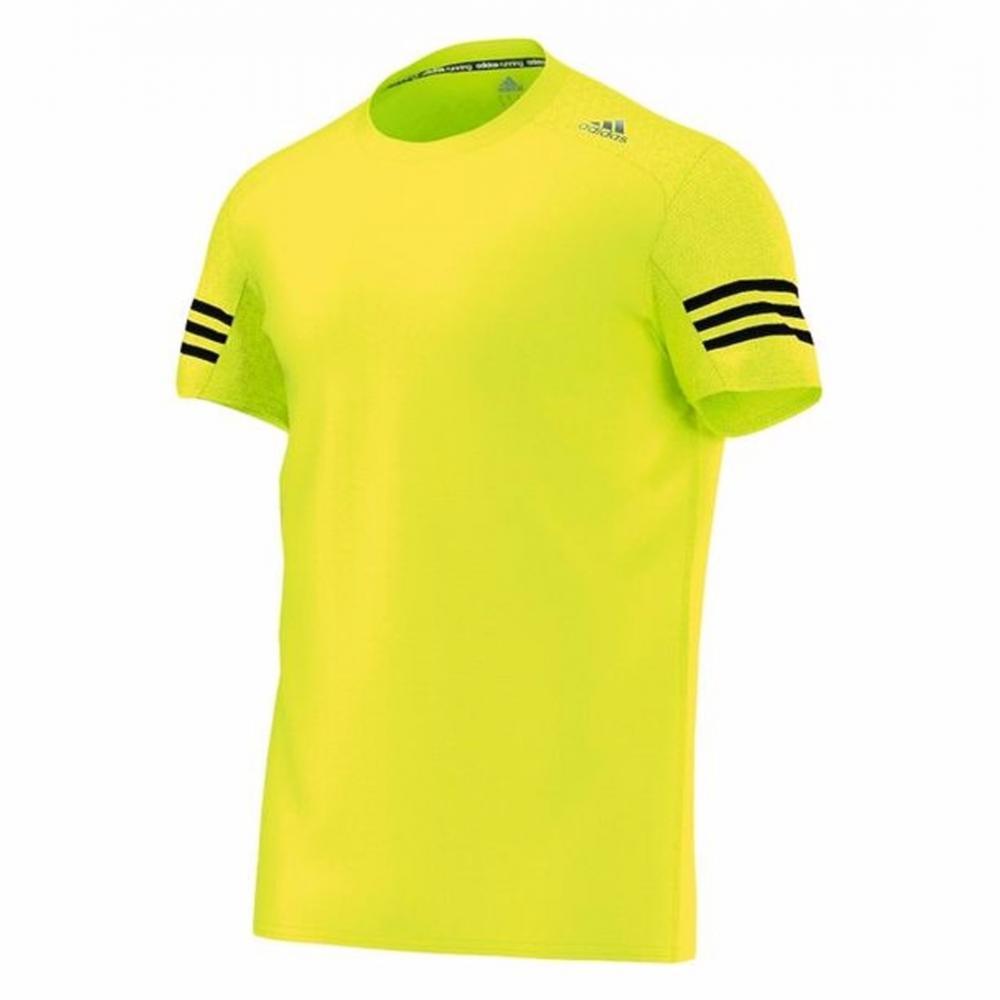 Si buscas Remera adidas Run Tee Camiseta Deportiva Running De Hombre puedes  comprarlo con MVDSPORT está 3610561fb0c06