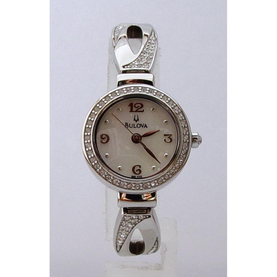 Reloj Dama Bulova Model 96l115 Acero Inoxidable Crystales en Buga ... a7cd9476fc59